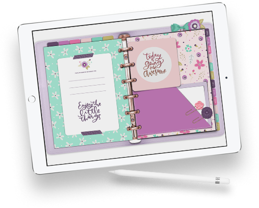 At Holly Pixels, I teach eager creatives like yourself how to love your iPad Pro through lettering, digital planning and illustration. Explore everything my team and I have to offer to help you get creative.
